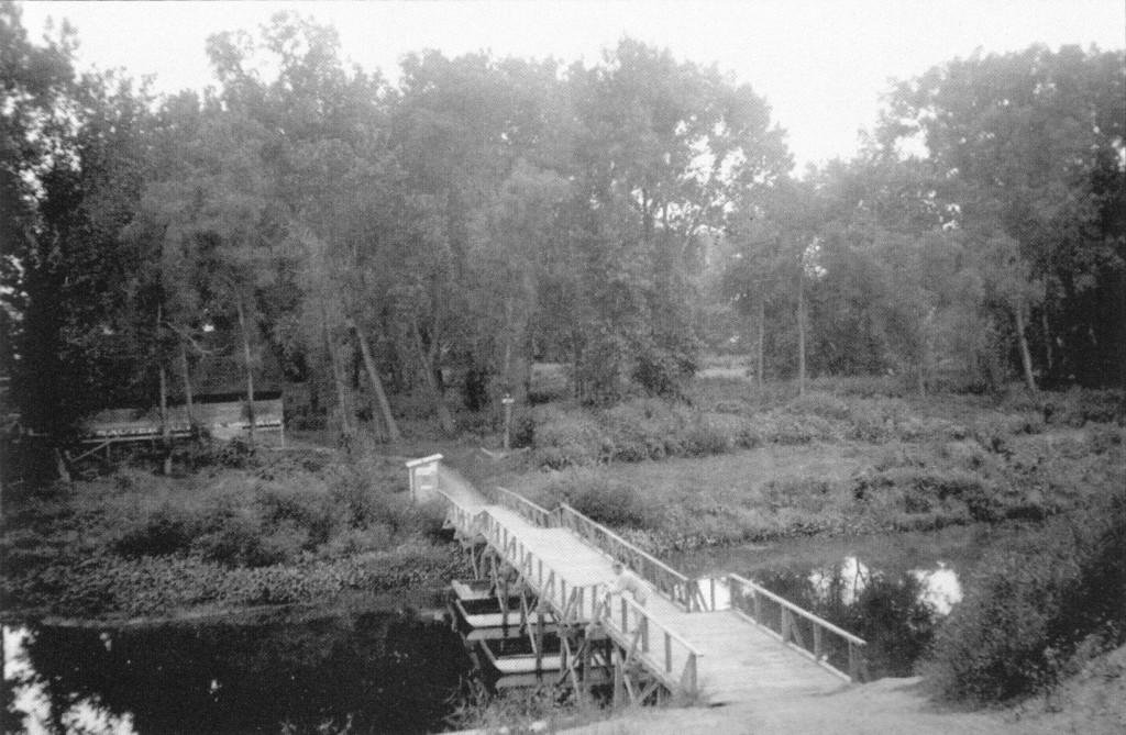 Bridge to Glenotia Island