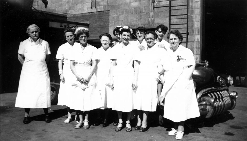 Wallace's Department Store cafeteria workers 1950s Schenectady