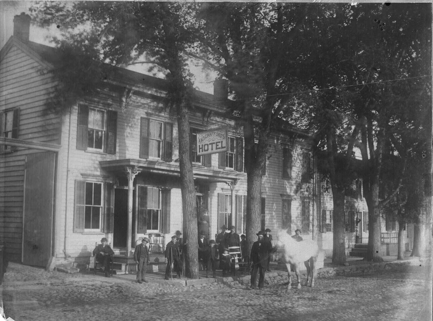 Scrafford Hotel Washington Ave 1905, where Van Curler Hotel Garage was
