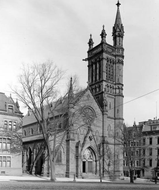 The current St. Peter's as it appeared in the early 1900s