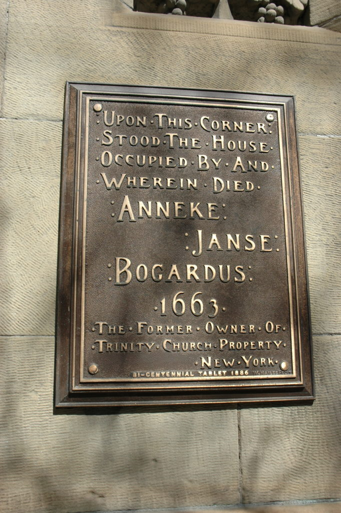 Tablet commemorating the home of Anneke Janse Bogardus in Albany, New York